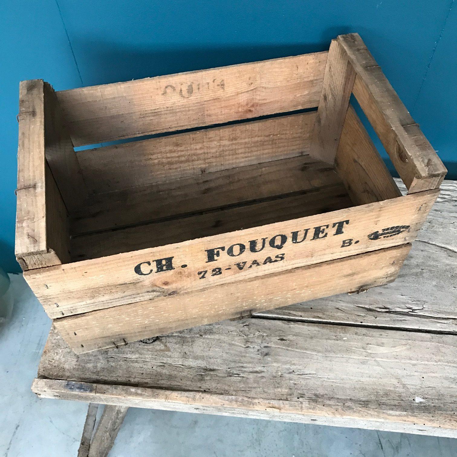 caisse pommes en bois fashion designs. Black Bedroom Furniture Sets. Home Design Ideas