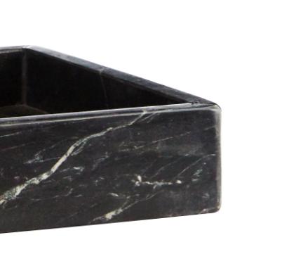 plateau en marbre noir , fabrication Madam Stoltz
