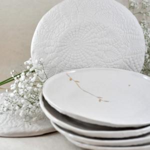 grande assiette Myriam Ait Amar en céramique