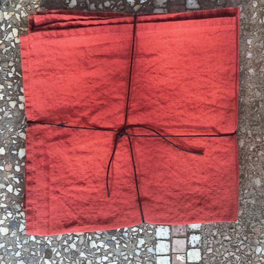 serviette en lin lavé couleur tomette