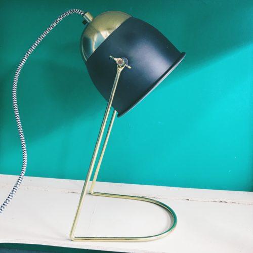 Lampe à poser en laiton et métal noir