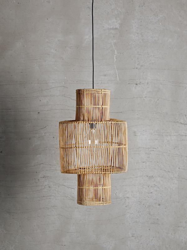 abat jour en rotin suspension tine k home chez les voisins. Black Bedroom Furniture Sets. Home Design Ideas
