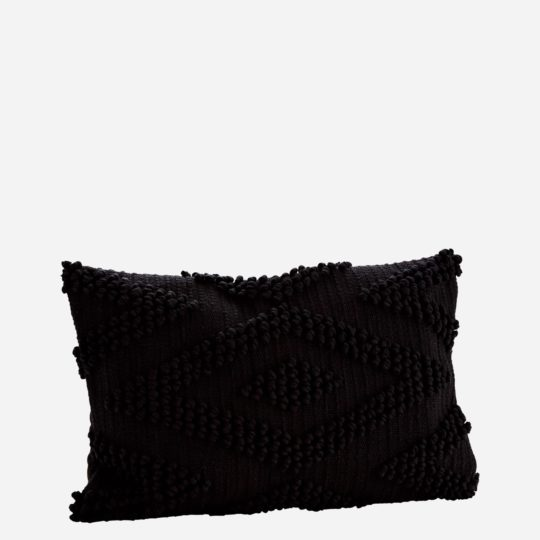 coussin-noir-boheme