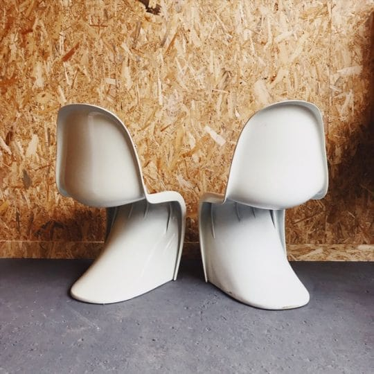 chaise_verner_panton_blanche_dos