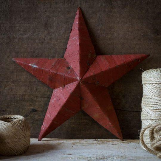 étoile amish métal rouge 30 cm