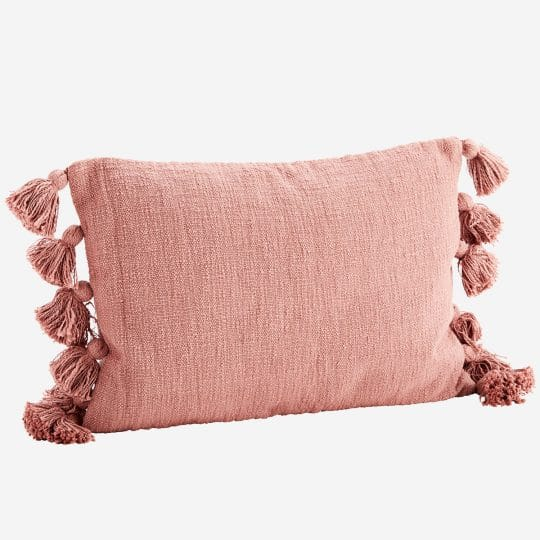 coussin rectangle pompons coton rose madam stoltz