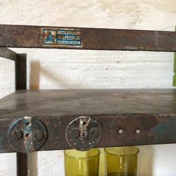 Meuble de rangement vintage en métal