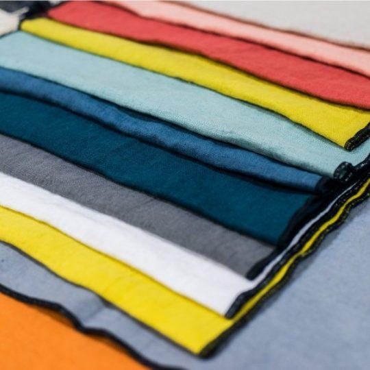 set_de_table_lin_couleur