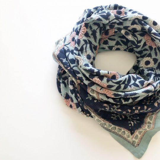 grand foulard en coton impression par block print pour toute la famille