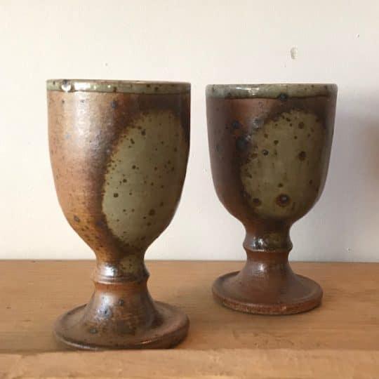 Tasses en grès vintage