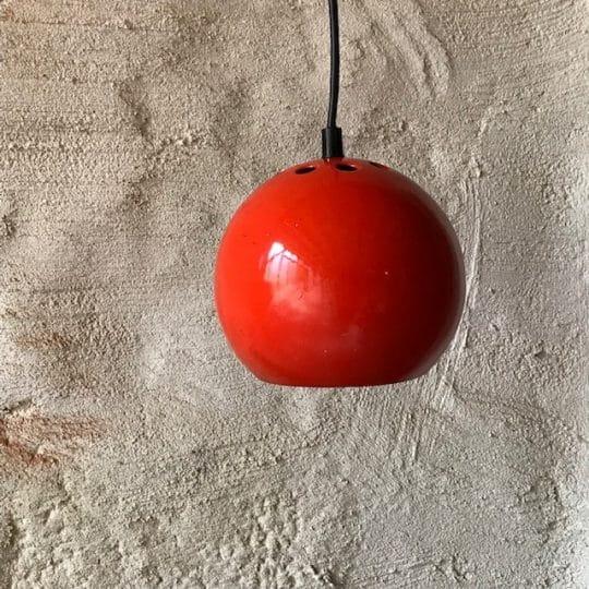 suspension boule orange laqué
