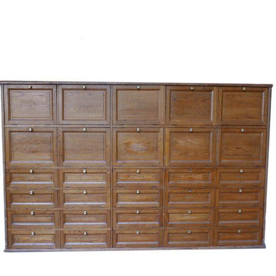 Minutier en bois vintage