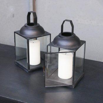 Lanterne en métal et en verre