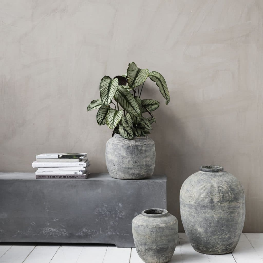 grand vase rustique concrete gris house doctor