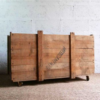 Caisse de rangement à roulettes
