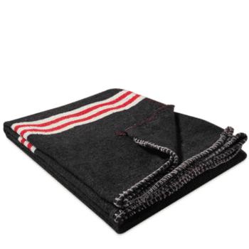 Couverture multi-usage noir et rouge