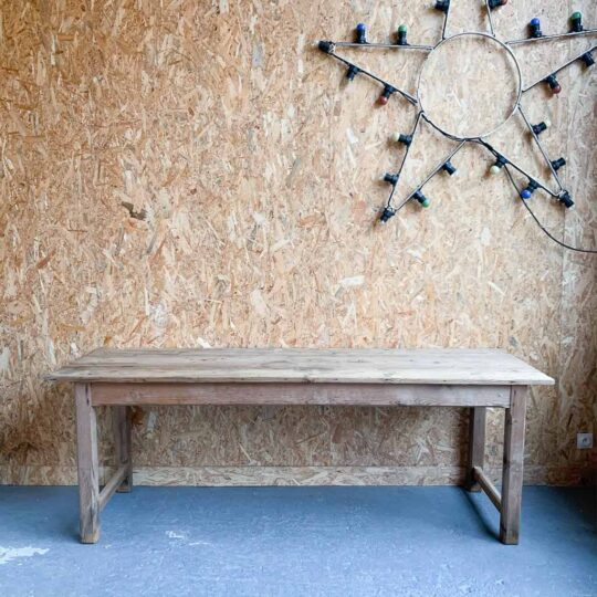 table de couvent