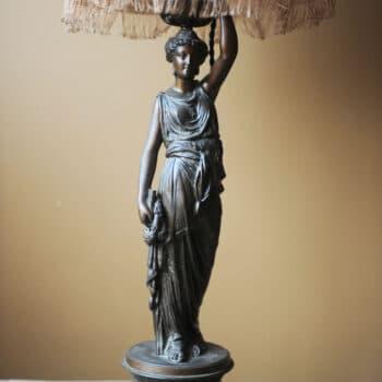 Lampe statue • AFFAIRE CONCLUE