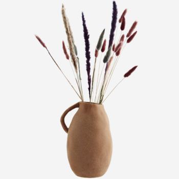 Vase avec anse en terre cuite