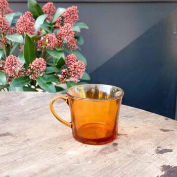 Tasse à café transparente ambrée