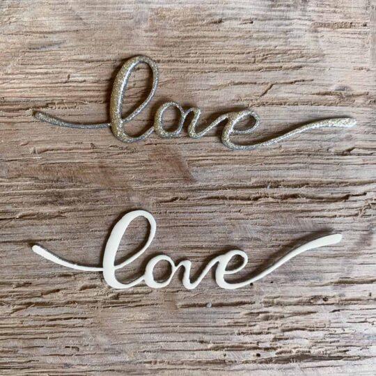 Mot émaillé love