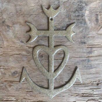 Croix camarguaise émaillée • CHEZ les VOISINS