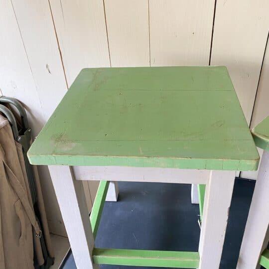 tabouret ou petite table hongroise large