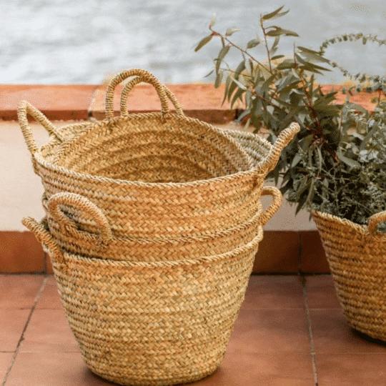 panier en feuilles de palmier