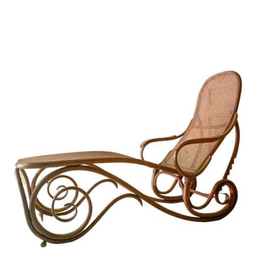 Affaire_conclue_Marie du Sordet_chaise longue Thonet