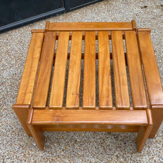 table basse en bois d'orme Maison Regain style brutaliste